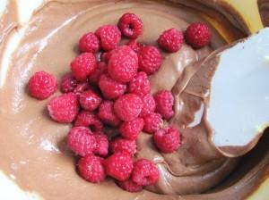 Mezcla de brownie con frambuesas